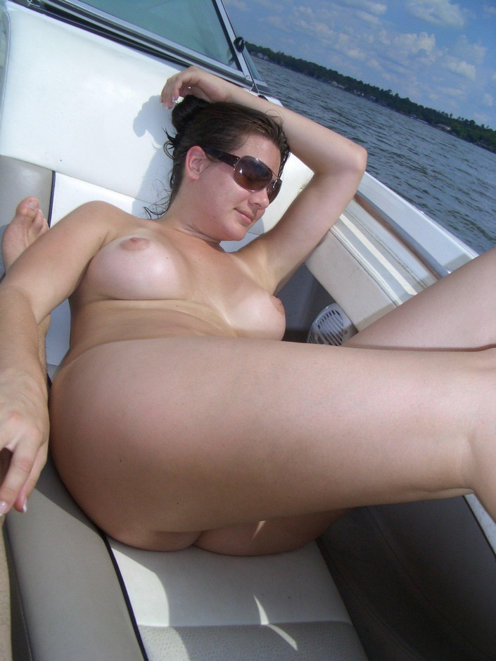 naked wife on the boat