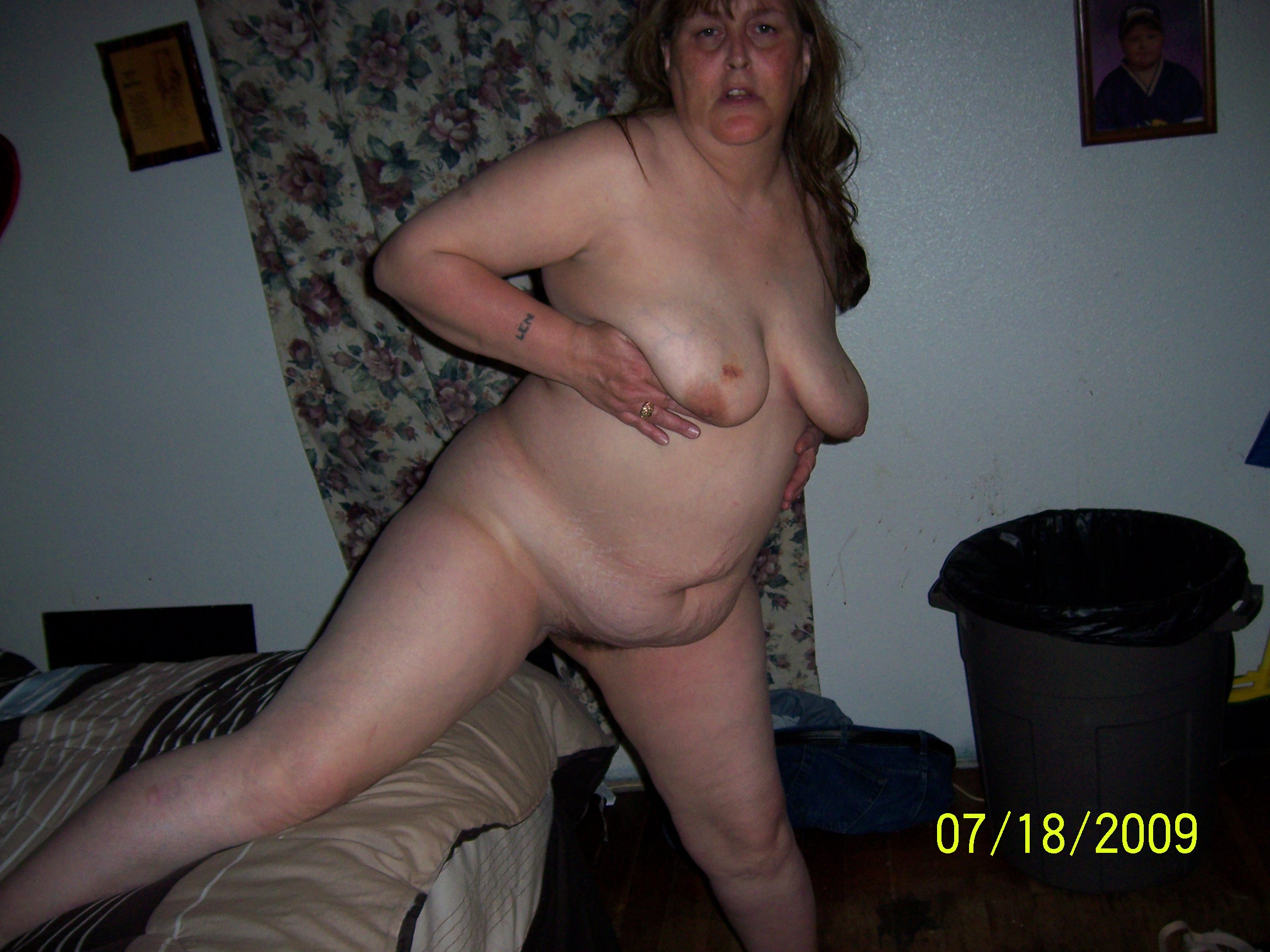 Naked mature wife videos