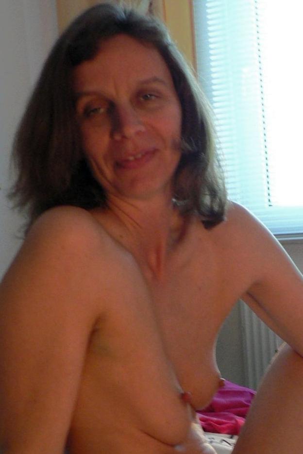 Hot naked sport