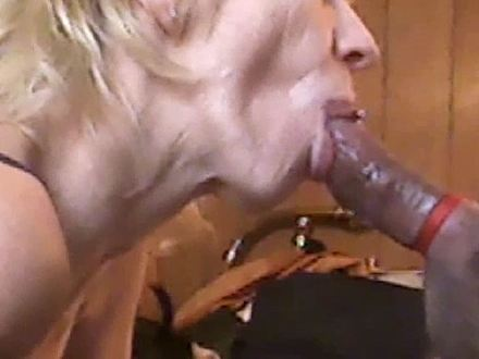 blowjob from the xwife