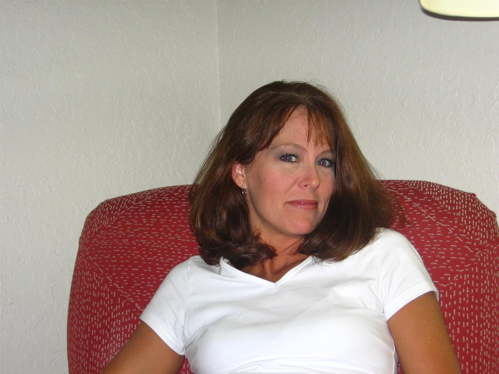 Jennifer Vedno Potrebni Milf Pri Homemoviestubecom-3433