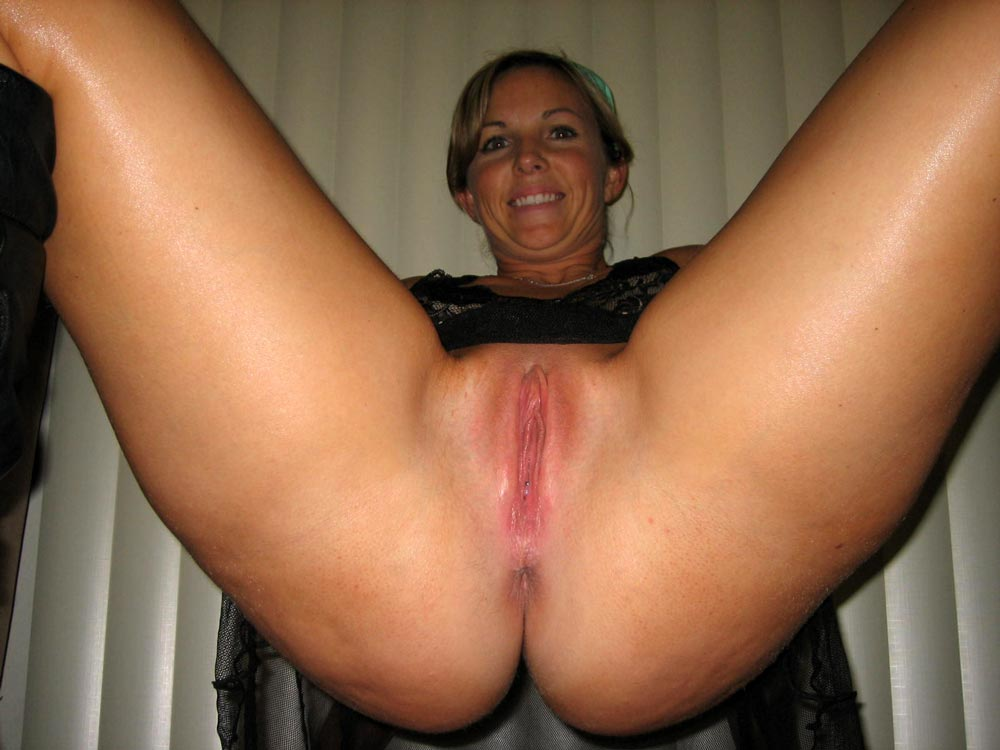 perfect milf pussy amateur