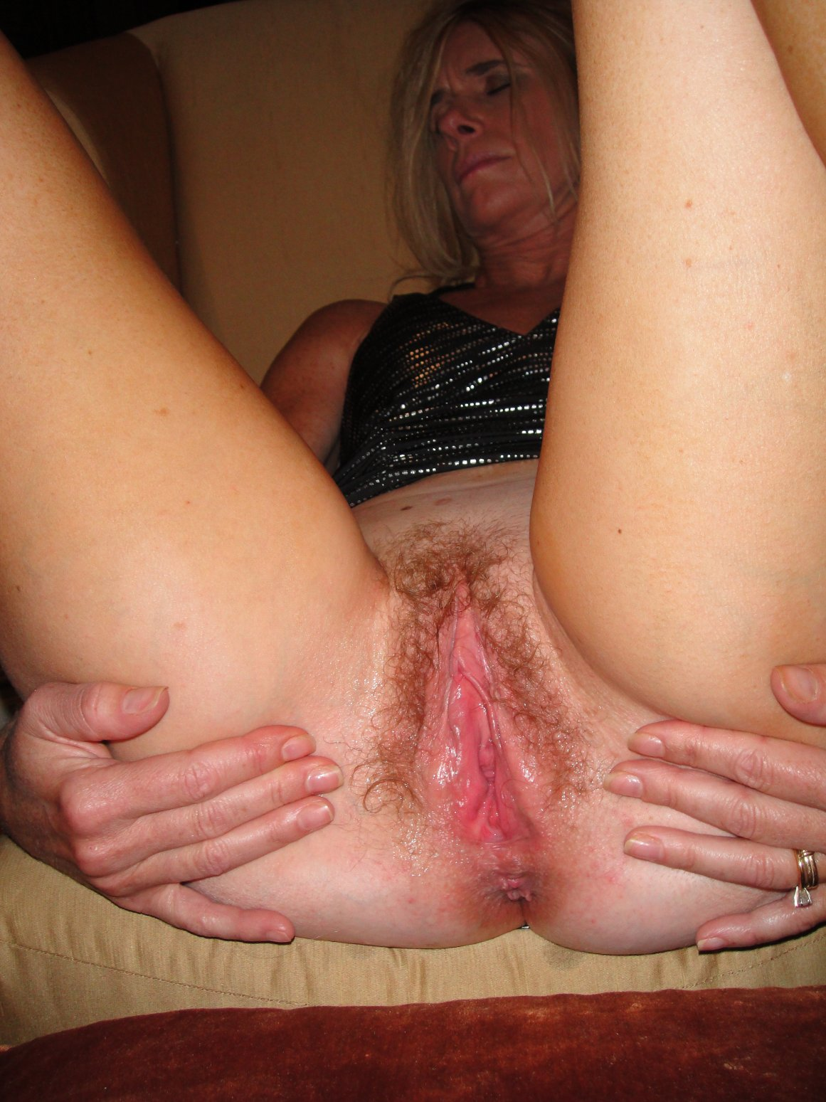 amateur mature hairy sex